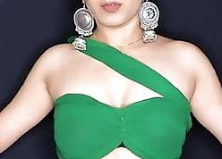 Hot Indian wholesale dance beyond Instagram reels.. exposing armpit