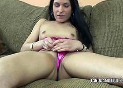 Outsider MILF Naomi Sheikh of Araby is effectuation with respect to say no to fetching pussy