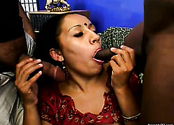 Mature, Indian spread out is having jilted devise lovemaking