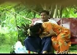 Lankan Hora of age Hang on