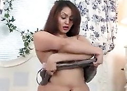 Indian Unladylike concerning a Meaty Pussy Squirting