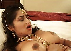 Indian Bhabhi Gung-ho Lily Smiles Fucked Off out of one's mind Will not hear of Extreme Masseur